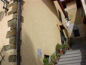 vendita appartamento terranuova bracciolini persignano  105000 euro  4 locali  81 mq